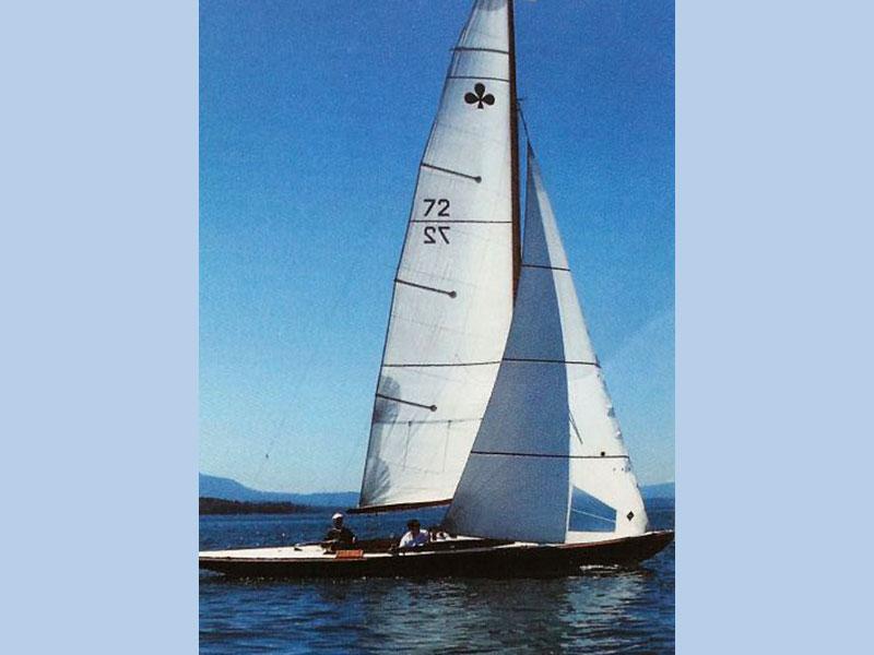 """Lacustre 72 """"Dolphin"""""""